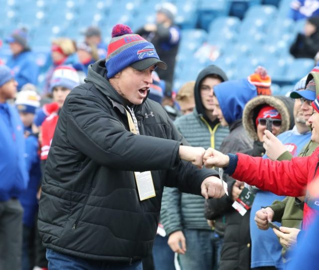 Bills Hall Of Fame Quarterback Jim Kelly Greets Fans Before Sundays Game At New Era Field