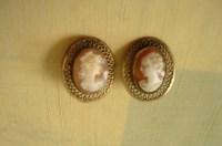 Vintage Cameo Earrings - Clip on - Fine