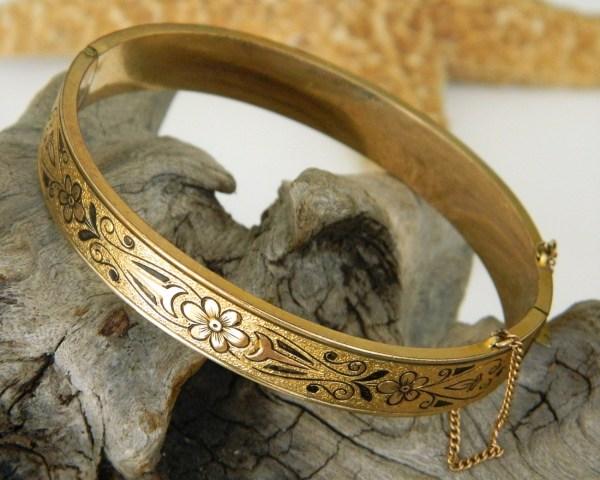 Vintage 10k Gold Filled Hinged Bangle Bracelet Etched