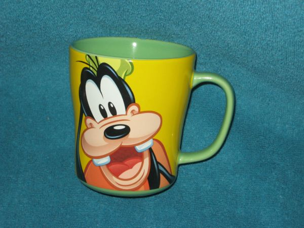 Disney Store Goofy Coffee Cup Mug. Brand . Authentic