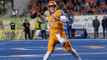 Denver signs undrafted Boise State QB Brett Rypien