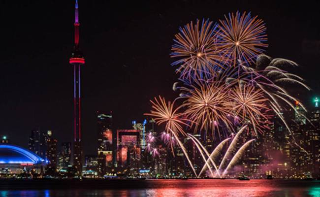 The Top 10 Canada Day Fireworks In Toronto For 2016