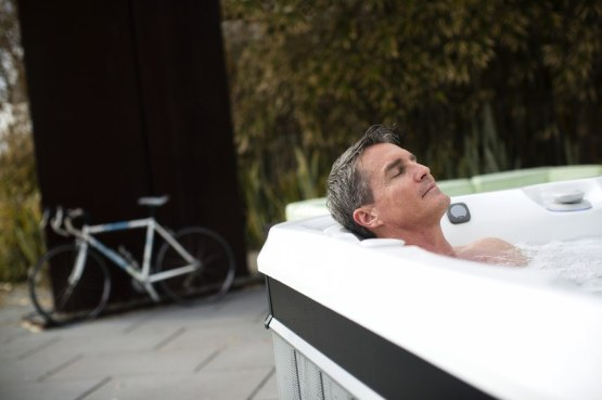 Medical studies show that hydrotherapy may temporarily relieve the pain of fibromyalgia sufferers.