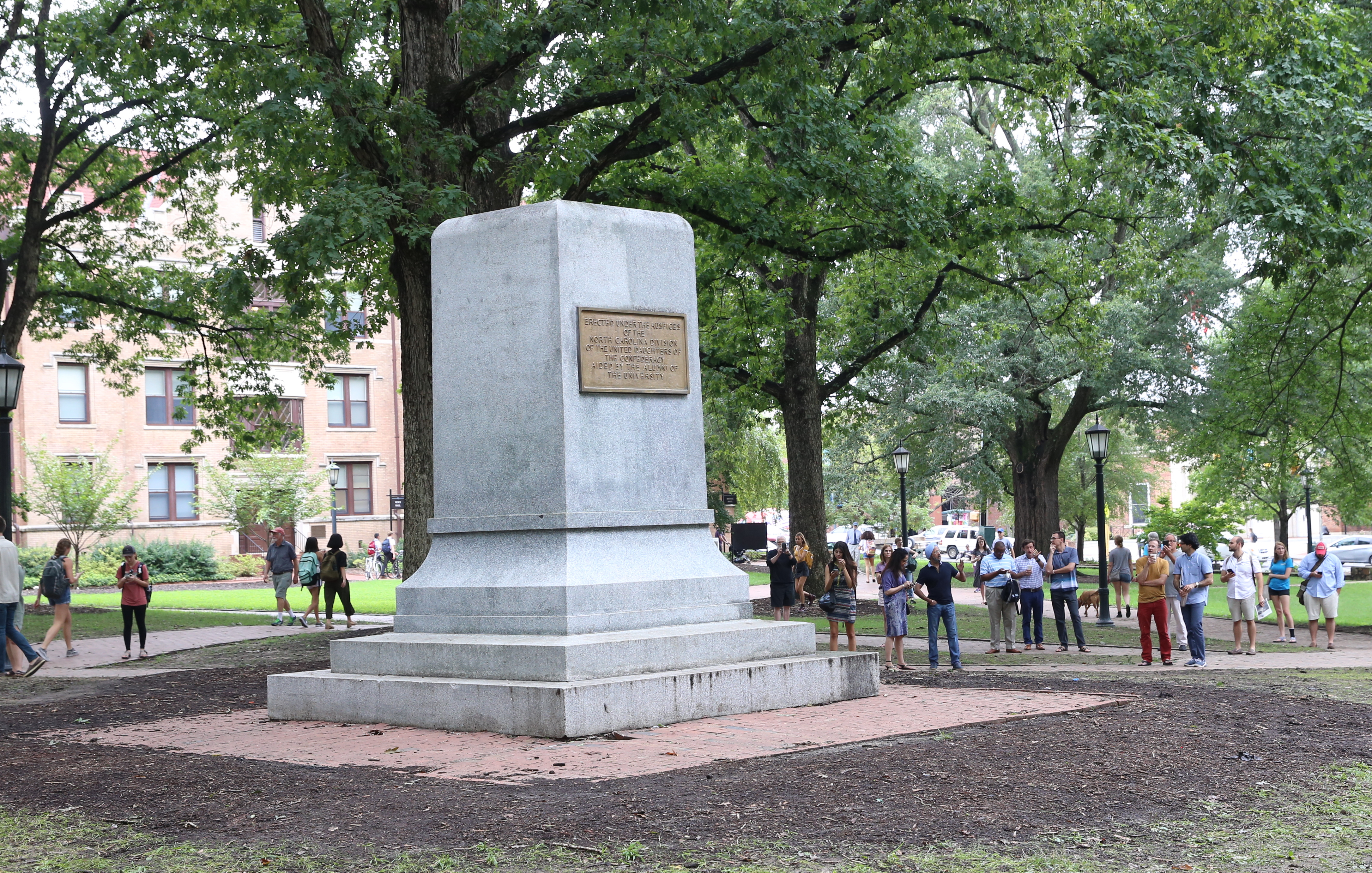 Unc Facing Tough Questions After Fall Of Silent Sam