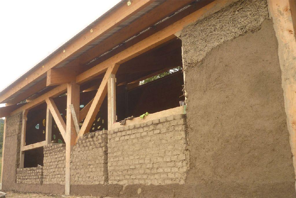 I Materiali Alternativi Piu Adatti Per Costruire Pareti