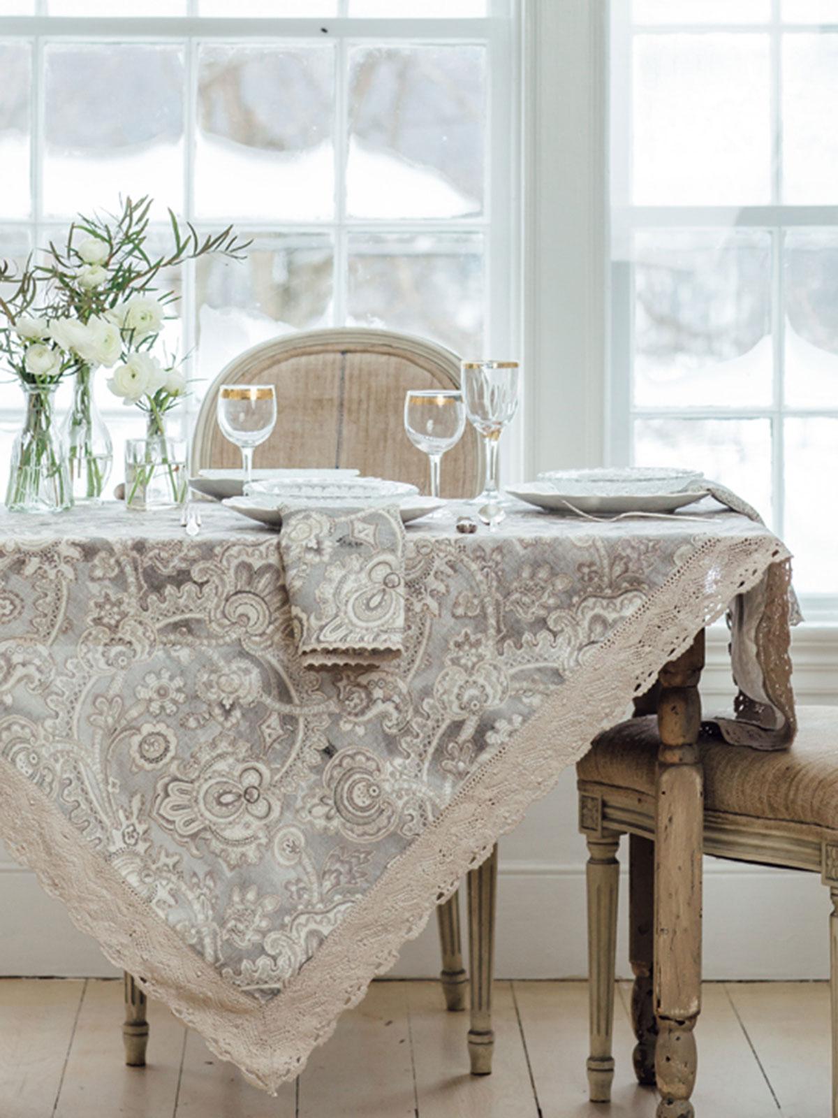 Queens Court Linen Tablecloth  Linens  Kitchen