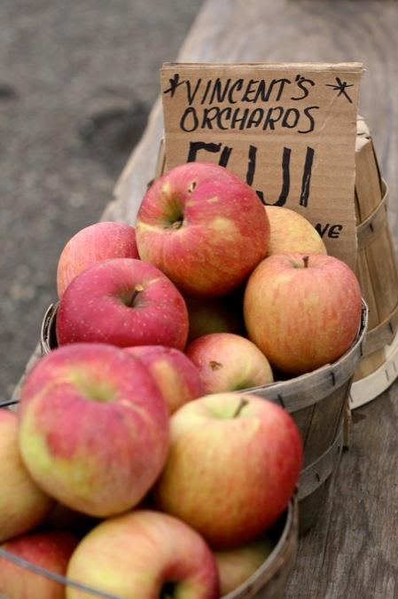 fuji_apples