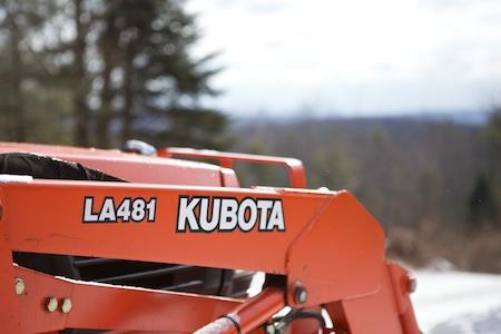 Kubota LA481 2