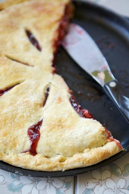 pie in cast iron