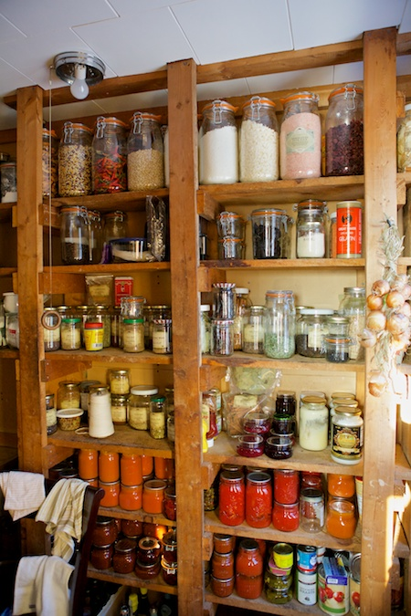 pantry cleaning 7