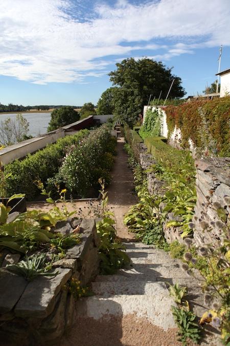lacko-slatt-upper-garden-14