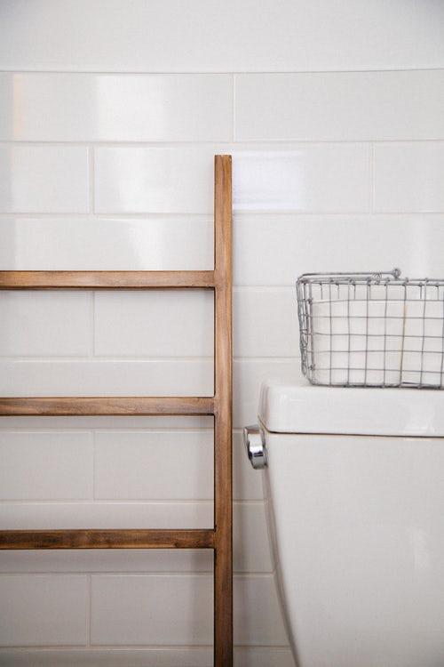 10 small apartment bathroom