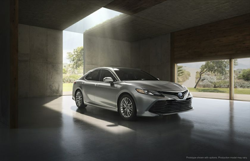 all new 2018 camry release date kekurangan grand avanza tipe e the toyota and hybrid make their canadian debut at 09