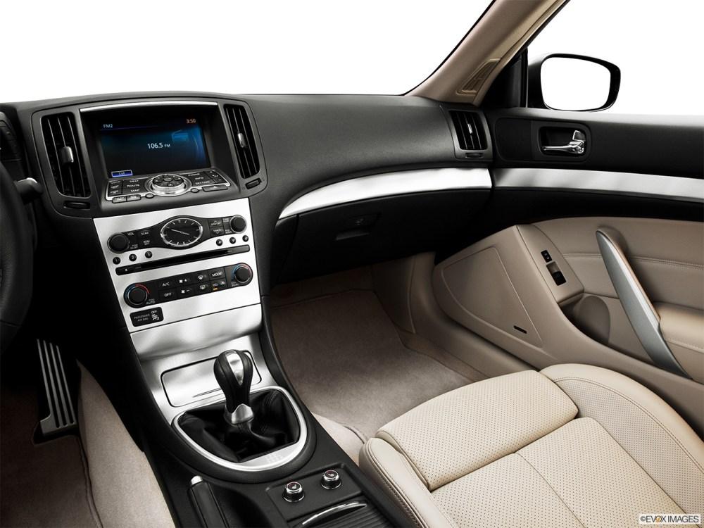 medium resolution of 2013 infiniti g37 coupe 2 door ipl rwd center console passenger side