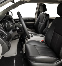 2015 chrysler town country 4 door touring wagon front seats from drivers side [ 1280 x 960 Pixel ]