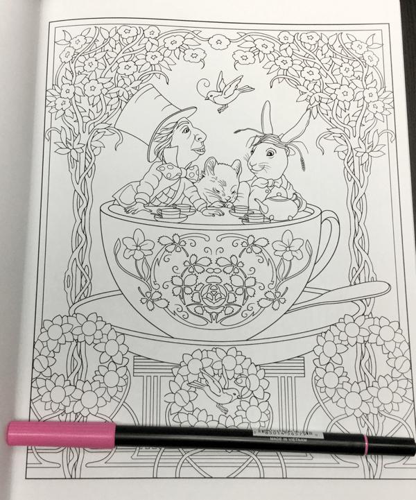 alice in wonderland coloring book review - Alice In Wonderland Coloring Book