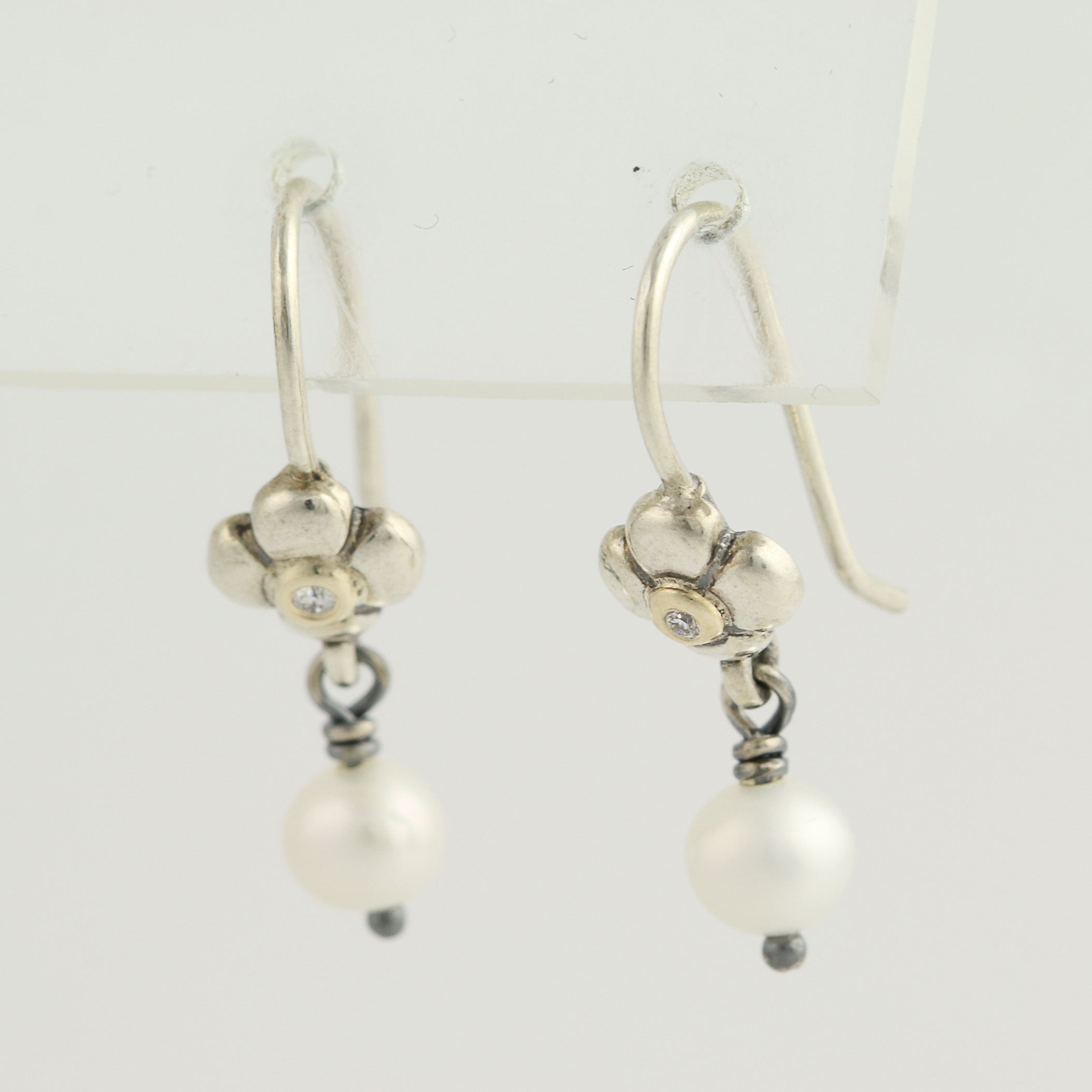 New Pandora Earrings White Pearl Posey 290620P Sterling