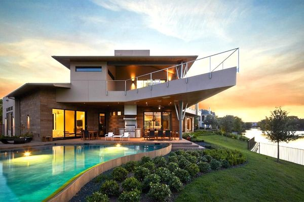 5 Beautiful Luxury Homes in Houston
