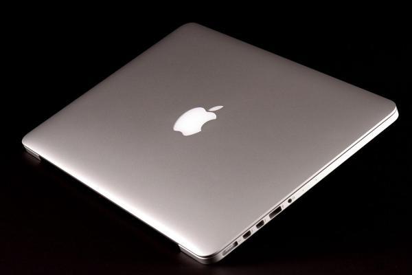 Retina 13- Macbook Pro Owners Report Freezing Bugs