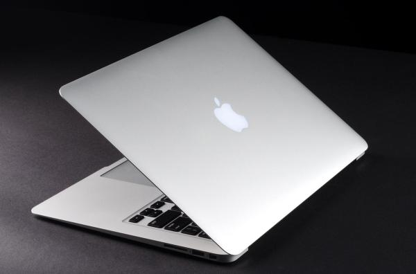 Apple Reveals Faster Cheaper 11- And 13- Macbook Air