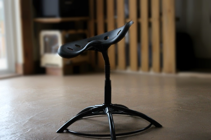 ergonomic chair kickstarter office chairs conference room make sitting an active activity with the mÜv on