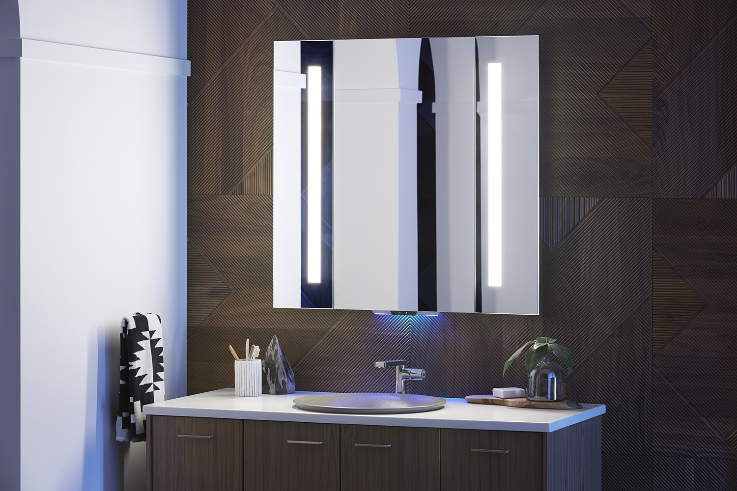 Verdera an Alexaenabled mirror from Kohler makes your