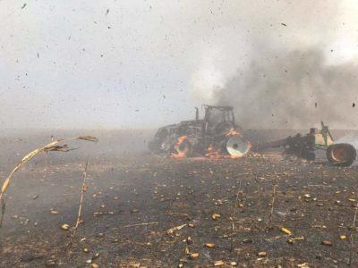 Trator incendiado foto paranatinga news