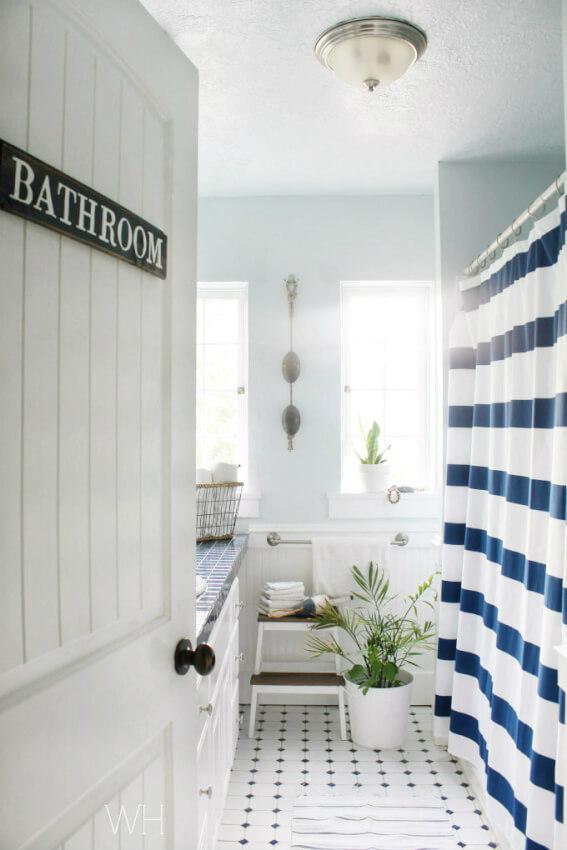 small half bathroom makeover ideas