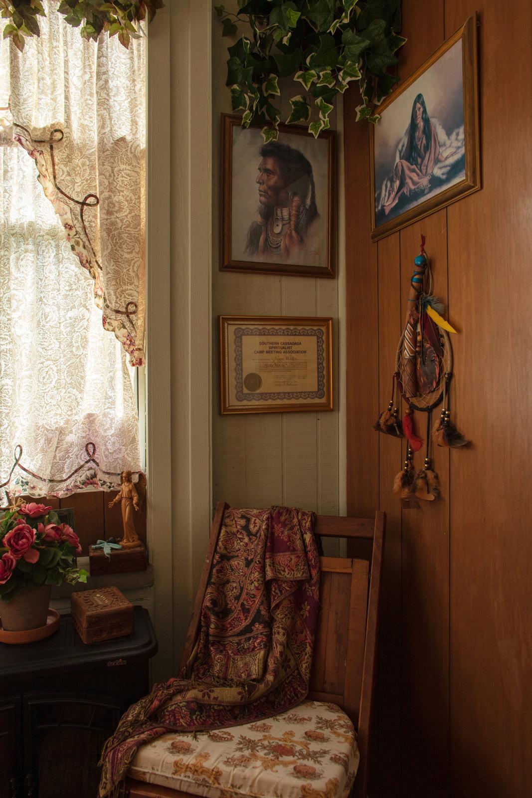 Meet The Spiritual Healers And Mediums Of Cassadaga Florida The Psychic Capitol Of The World
