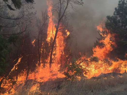 """Federal Highway Administration (FHWA) officials today announced the immediate availability of $1 million in """"quick release"""" Emergency Relief (ER) funds to help begin repairs on roads and bridges in Oregon damaged by wildfires that began last July."""