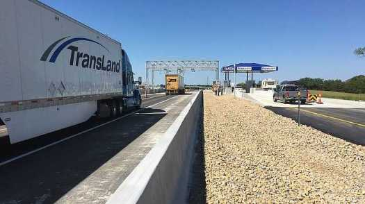 The toll plaza in the westbound lanes of the Kansas Turnpike's eastern terminal after one high speed toll lane was opened to traffic in August. 