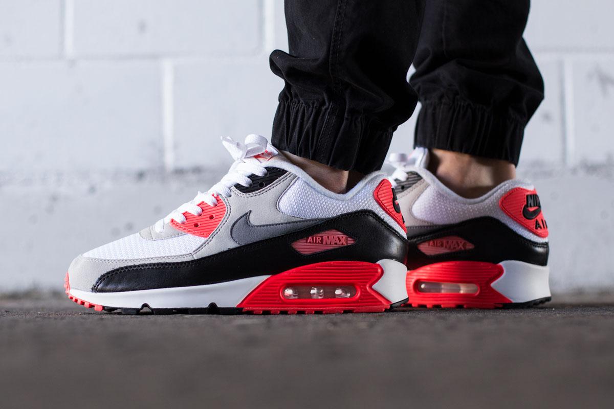 super popular 4a4f5 d48f9 ... wholesale sneaker release 3fac7 f02b7 nike air max 90 og 955ec fb224