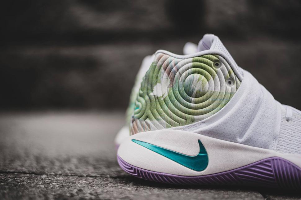 Nike KYRIE 2 Easter-1