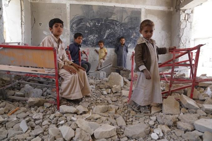 Civilians in war zones by UN Humanitarian - United Nations OCHA