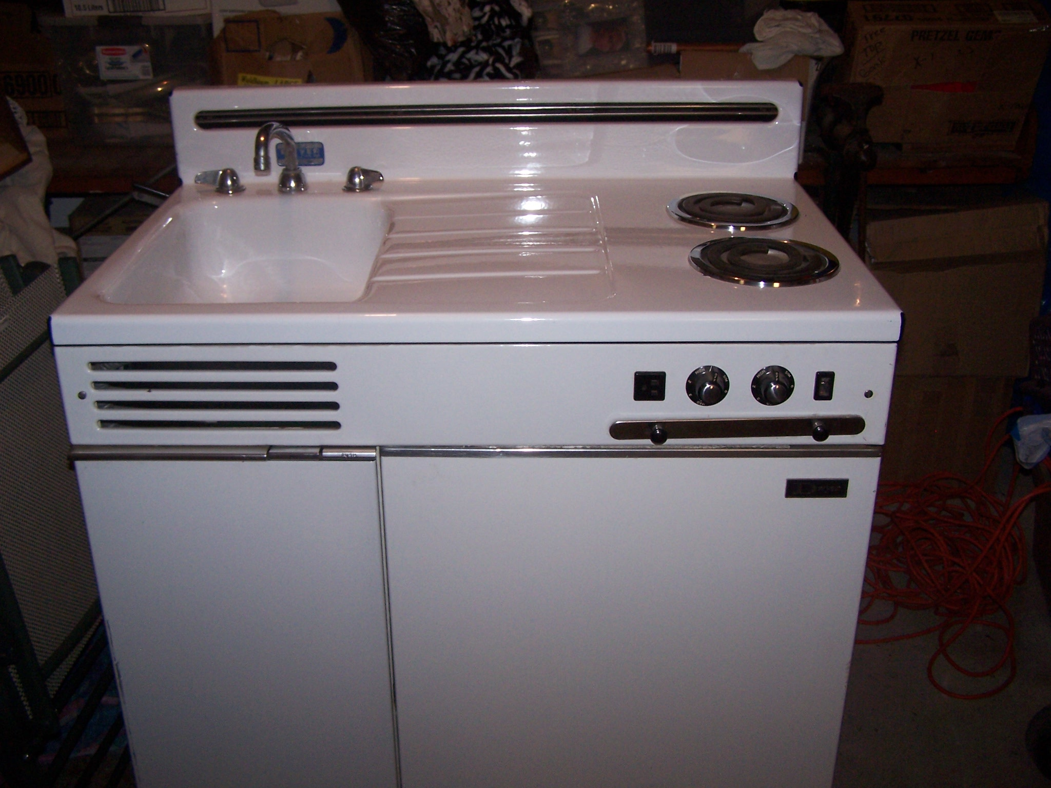 I Have A Dwyer All In One Kitchen Unit Circa 1950 It Has