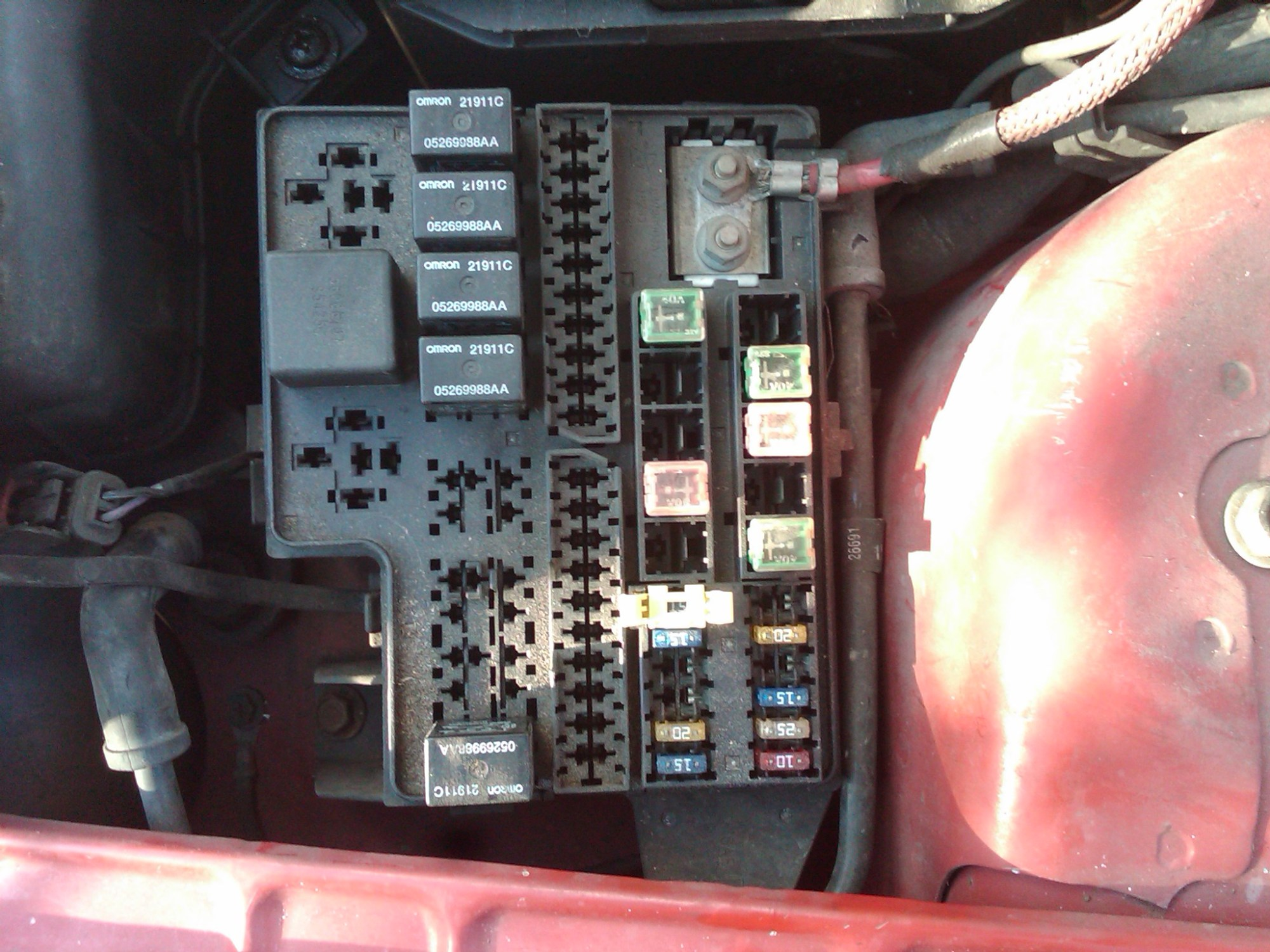 hight resolution of 1998 plymouth voyager fuse box diagram 2002 dodge neon fuse box diagram 1998 dodge neon the odometer window it flashes