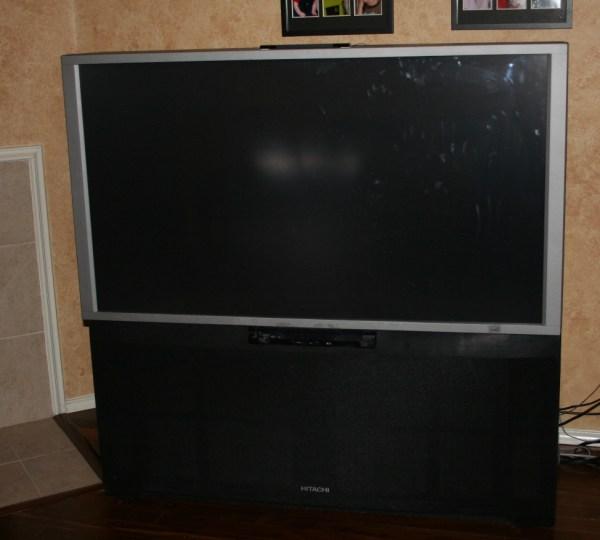 Hitachi Big Screen Projection TV
