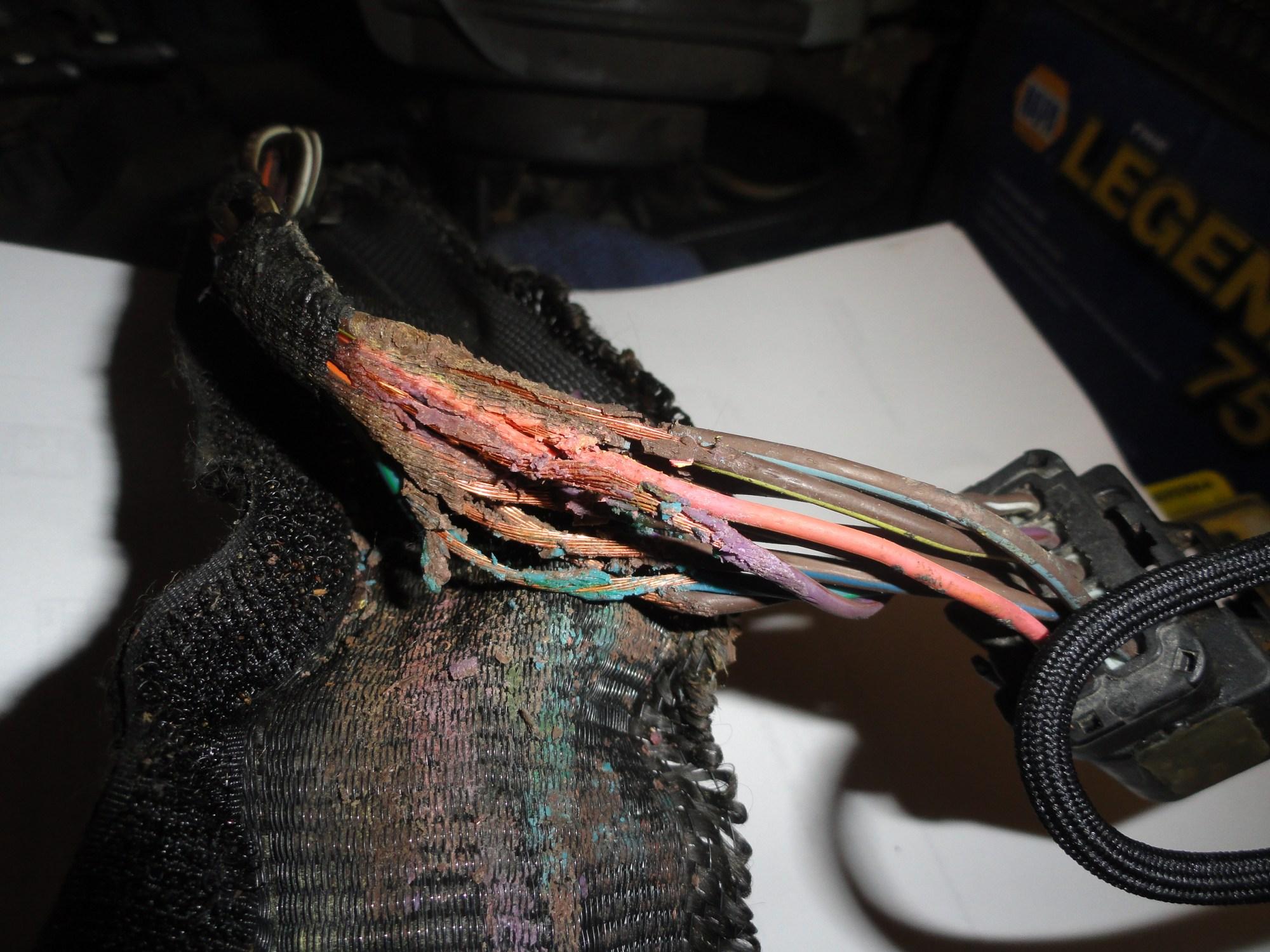 hight resolution of help needed repairing wiring harness automotive wiring 2002 dodge grand caravan wiring