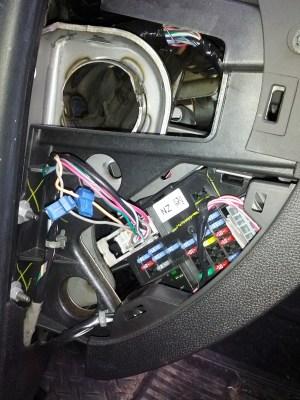Chevrolet 1500: power lockunlock wires