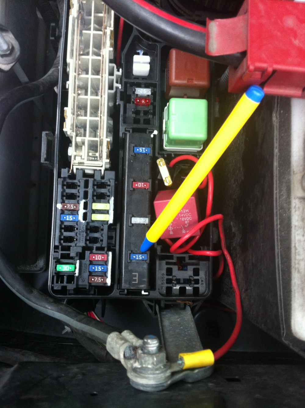 medium resolution of 2006 toyota sienna engine diagram 2010 toyota matrix 2007 toyota hilux fuse box location toyota hilux fuse box