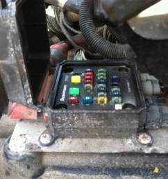 2006 freightliner fuse box locations starting know about wiring plug fuse box m2 fuse box [ 2592 x 1936 Pixel ]