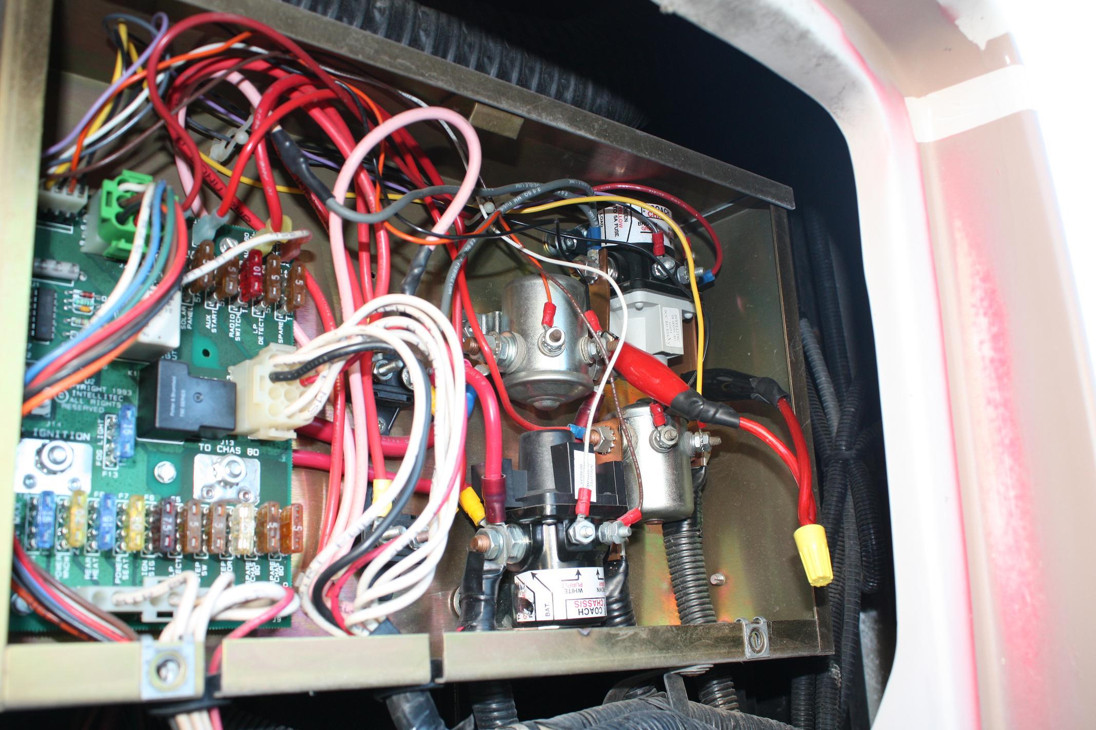 2009 11 28_033815_IMG_2174_c?resize=665%2C443 1987 winnebago chieftain wiring diagram the best wiring diagram 2017  at honlapkeszites.co