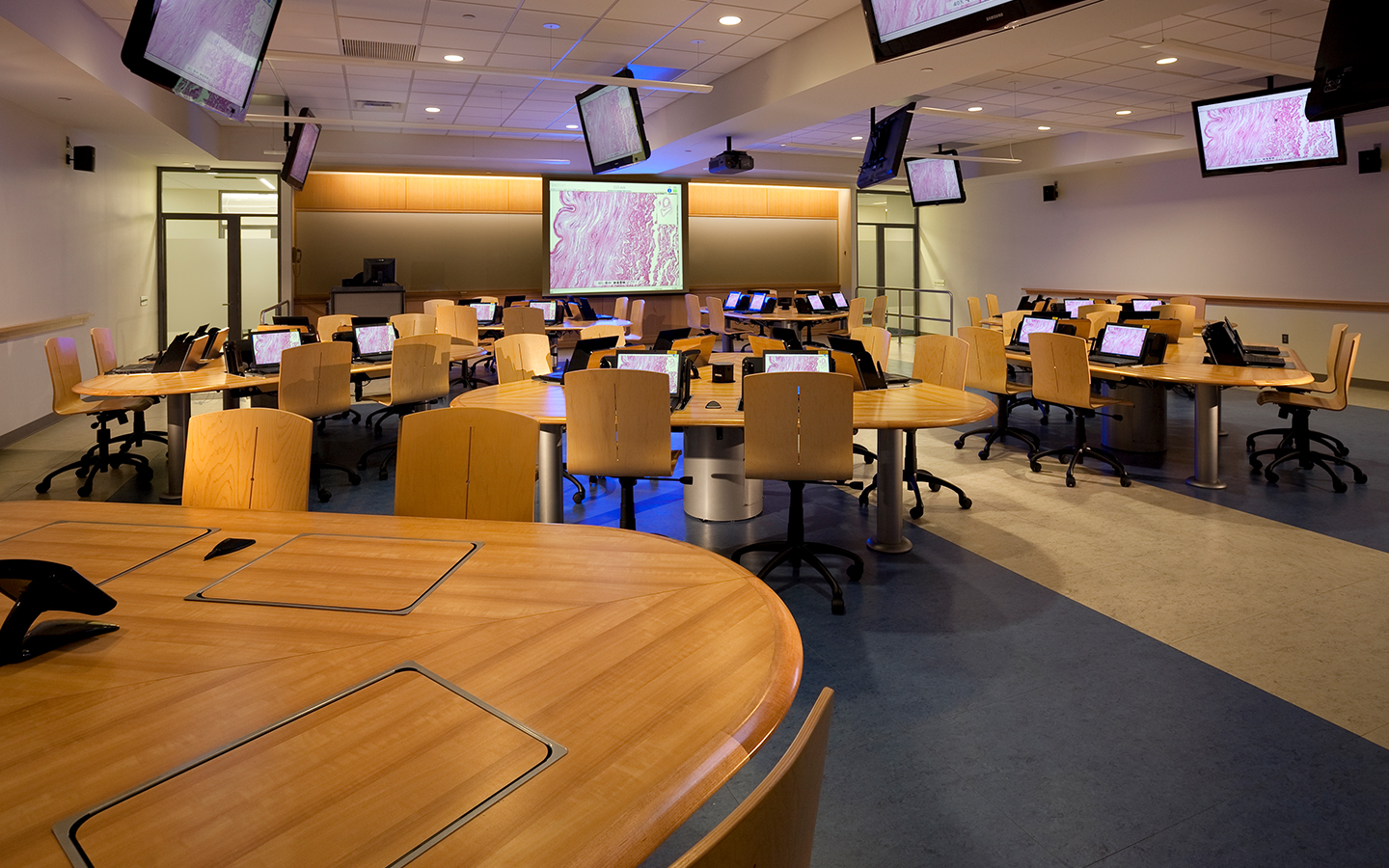 ergonomic furniture in the classroom chair shane dawson install from smartdesks and