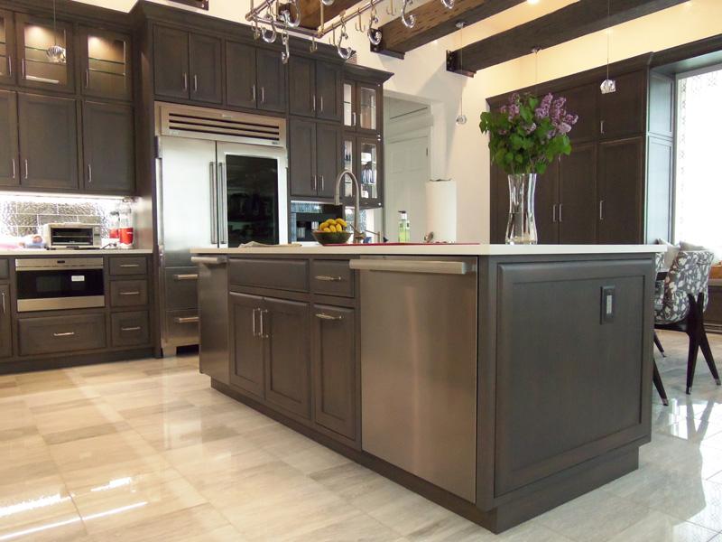 Modern Rift White Oak Kitchen