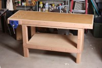 A Basic Woodworking Bench That's Quick To Make ...