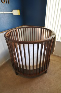 Round Baby Crib - FineWoodworking