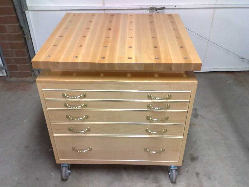 Mobile Tool Chest  Work Bench Table Saw Extension