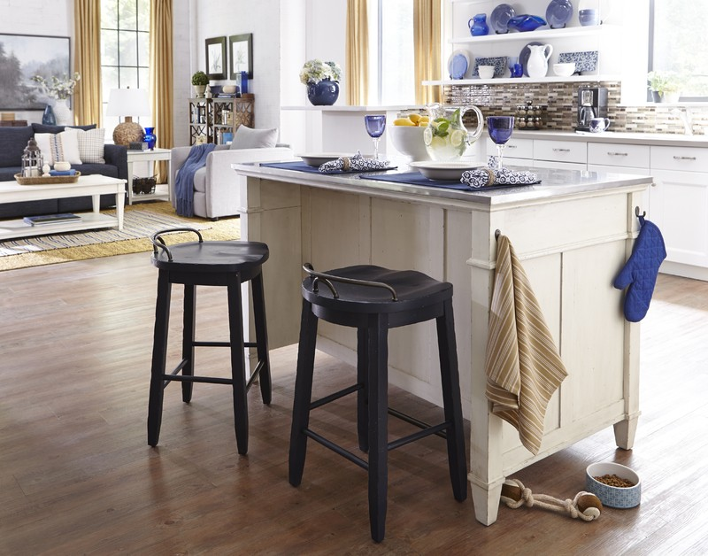 kitchen island stool cabinets cleveland ohio trisha yearwood cowboy 919 885 921 924 dining room groups railway freight furniture