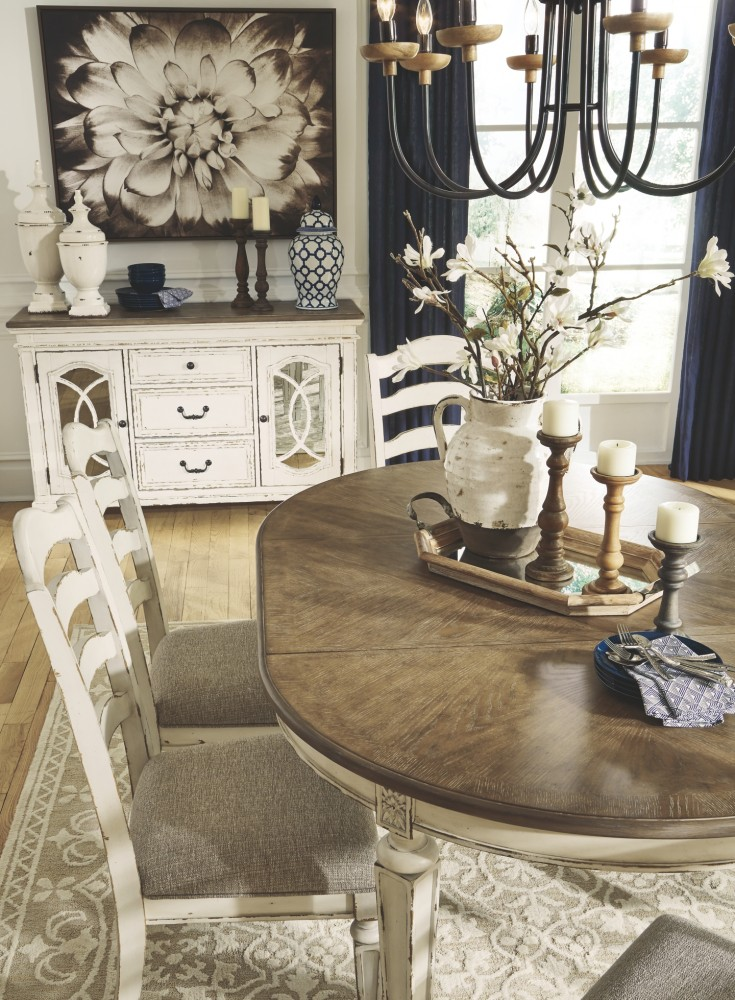 Realyn  Chipped White  Dining UPH Side Chair 2CN