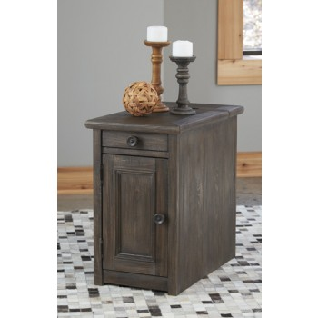 Wyndahl  Rustic Brown  Chair Side End Table  T6487